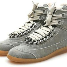 376e29a4ff7 Swizz Beatz in Maison Martin Margiela 22 Leather Chain Lace-up Sneakers