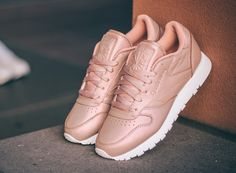 chaussure-reebok-classic-leather-rose-gold-1