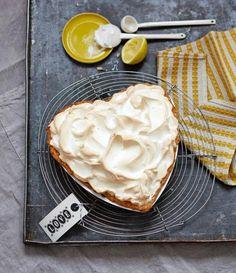 Lemon Meringue Pie in Herzform - zum Valentinstag