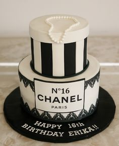 Chanel birthday cake www.kittiskakes.com