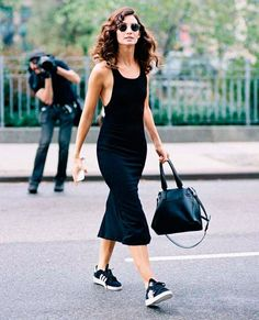 <3 @benitathediva   Black bodycon dress with Adidas for a nice all black outfit. Street style well done.