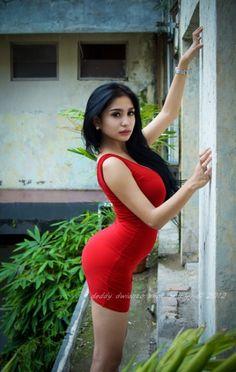Foto Seksi Bibie Julius Toket Gede RED Dress – Foto Cewek Seksi - Gambar Cewek Seksi Toket Gede