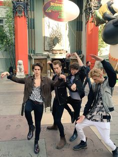 Reasons why I love this band - showing their con fu moves. Connor looks more like a ballerina dancer with that pose.