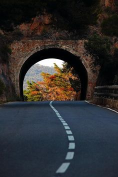 Autumn Portal, Basque Country, Spain - 101 Most Magnificent Places Made by Nature or Touched by a Man Hand Beautiful Roads, Beautiful World, Beautiful Places, Amazing Places, The Road, Land Of Enchantment, Basque Country, All Nature, Belle Photo