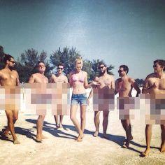 Pin for Later: Diese heißen Bikini-Fotos machen Laune auf den Sommer Toni Garrn Source: Instagram user toni_garrn