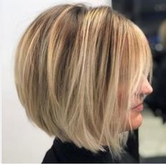 These layered bob hairstyles really are fabulous! These layered bob hairstyles really are fabulous! Bob Haircuts For Women, Modern Haircuts, Short Bob Haircuts, 2018 Haircuts, Bobbed Haircuts, Straight Haircuts, Layered Bob Hairstyles, Hairstyles Haircuts, Trendy Hairstyles