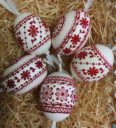 Painted Rocks, Hand Painted, Egg Shell Art, Easter Egg Designs, Faberge Eggs, Egg Art, Egg Decorating, Easter Crafts, Happy Easter