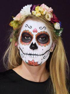Totenmaske schminken: Step by Step Anleitung - Bilder - Jolie