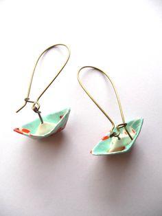 Origami Earrings Boats Little Pond por jusdekiwi en Etsy