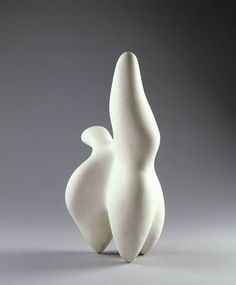 Jean (Hans) Arp Strasbourg – Basel Gnome Shape (Forme de lutin) 1949 Plaster 39 x 19 x 14 cm Plaster Sculpture, Sculpture Painting, Abstract Sculpture, Jean Arp, Sophie Taeuber Arp, Modern Art Sculpture, Sculpture Garden, Hans Richter, French Sculptor