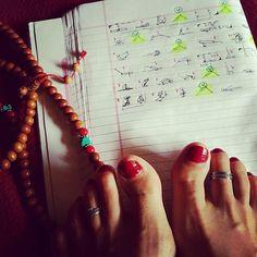 Teaching a sequence in few hours.🙄 #veganfit #cleaneating #vegetarianfood #yoga #loseweightnow #vegetarian #veganfood #veganfoodporn #frutarian  #organic #bio #glutenfreevegan #hathayoga #mandala #starchsolution #nature #looseweight #yogaeverydamnday #ashtangayoga #bikram #om #shanti #yogini #ashtangayoga #yoginis #plantbasediet #yogaeverydamnday #yogalover #yoga #veganfreestyle  Yummery - best recipes. Follow Us! #veganfoodporn