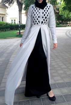 Criss-Cross Abaya Gown - Light Grey