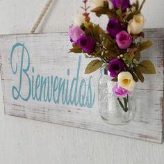 Letreros de madera creativos colgar en la puerta de entrada de tu casa.