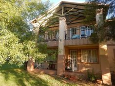 1 Bedroom Townhouse For Sale in Rietvalleirand