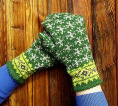 hand knitted green gray wool mittens by peonijahandmadeshop, $45.00