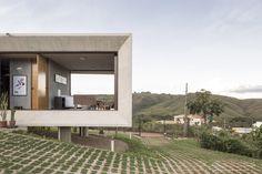 Solar da Serra House by 3.4 Arquitetura