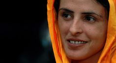 Mukhtar Mai a Pakistani villager who was brutally gang raped and used her monetary compensation to start a school for girls and an organization that supports women's rights Global Fund, Audre Lorde, Brave Women, Strong Women, Girl Power, Feminism, How To Memorize Things, Women's Rights, Beauty