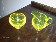 Riihimäen lasi Eero Sallinen Vaseline Glass, Glass Design, Finland, Mid-century Modern, Glow, Lime, Fruit, Blown Glass, Deco