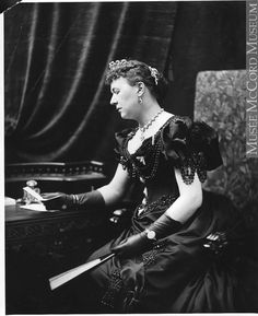 Lady Aberdeen, Montreal, QC, 1895, Silver salts on glass - Gelatin dry plate process II-109199 © McCord Museum