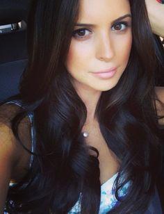 Pretty Black Hair and natural makeup