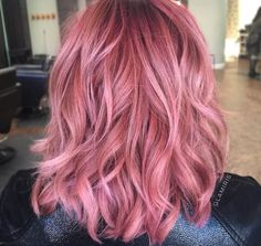 gorgeous rosy pink hair