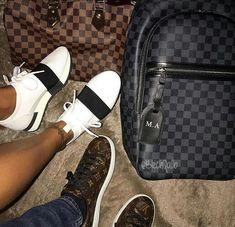 12a3c29c1 Pin od používateľa ✨ na nástenke Shoes | Shoes, Valentino shoes ...