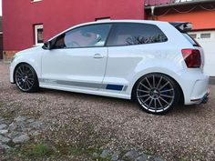 "VW Polo WRC Edition (@polobuyuksun) on Instagram: ""#vwpolo #istanbul #polobuyuksun #vw #türkiye #volkswagenpolo #car #vwturkiye #volkswagen #pologti…"" Vw Polo Modified, Volkswagen Polo, Sport Seats, Vw Beetles, Istanbul, Motorbikes, Instagram, Cars, Low Life"