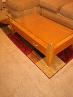 Cocktail Table and Matching End Tables in Kissimmee, FL (sells for $150)