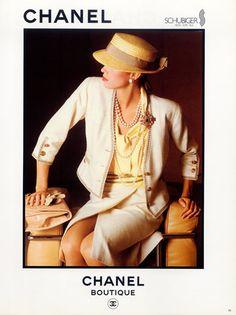 Chanel (Boutique) 1983 Handbag, Jewels