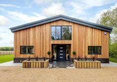 Британец превратил старый сарай в роскошный дом стоимостью 1,3 миллиона долларов (20 фото)