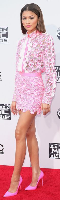 Zendaya in Emanuel Ungaro at the American Music Awards (Photo: Mark Davis/Getty Images) American Music Awards 2015, Red Carpet Looks, Red Carpet Dresses, Celebs, Celebrities, Zendaya, Red Carpet Fashion, Hollywood Stars, Movie Stars