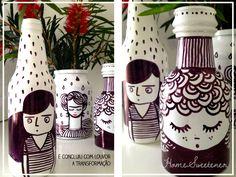 Segundo D.I.Y. Coletivo – Vida longa aos recicláveis!DIY: upcycling glass bottles Glass Bottle Crafts, Wine Bottle Art, Painted Wine Bottles, Diy Bottle, Bottles And Jars, Glass Bottles, Handmade Crafts, Diy Crafts, Jar Art