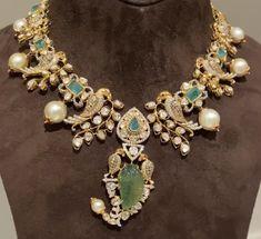 Emerald Jewelry, Gold Jewellery, Wedding Jewelry, Jewelery, India Jewelry, Jewelry Shop, Fashion Jewelry, Indian Jewellery Design, Jewellery Designs