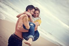 Cute beach engagement <3