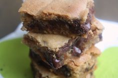 Fudgy peanut butter chocolate chip blondies.  Yes, please!  I need to buy some more peanut butter...