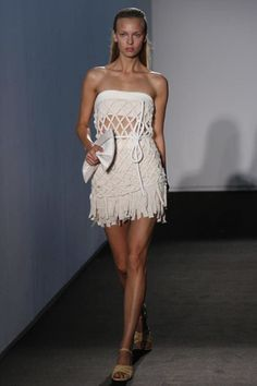 Allude Ready To Wear Spring Summer 2014 Paris - NOWFASHION