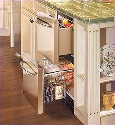 Sub Zero under counter refrigerator freezer drawers, set of six in island Kitchen Refrigerator, Refrigerator Freezer, French Door Refrigerator, Kitchen Appliances, Kitchens, Undercounter Refrigerator, Open Kitchen, Kitchen Island, Home Decor Kitchen