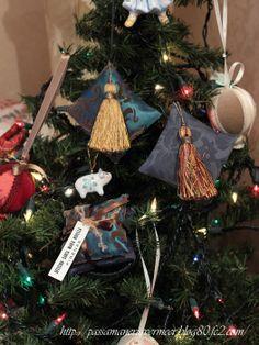 Tassel Decoration ・・・クリスマスツリーに、ミニクッション&タッセル***「Chez Mimosa シェ ミモザ」   ~Tassel&Fringe&Soft furnishingのある暮らし  ~   フランスやイタリアのタッセル・フリンジ・  ファブリック・小家具などのソフトファニッシングで  、暮らしを彩りましょう     http://passamaneriavermeer.blog80.fc2.com/