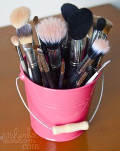 makeup brush holder beads. diy makeup brush holder. a vase, some marbles/rock piecesbam. easy peas. | get pretty pinterest marble rock, diy and brushes holder beads
