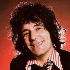 Today in 1982, Alex Harvey died of a heart attack while waiting to take a ferry back to shore after a concert with his new band