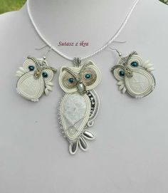 Soutache Pendant, Soutache Necklace, Beaded Earrings, Beaded Jewelry, Owl Jewelry, Jewelry Crafts, Jewelery, Jewelry Accessories, Homemade Jewelry