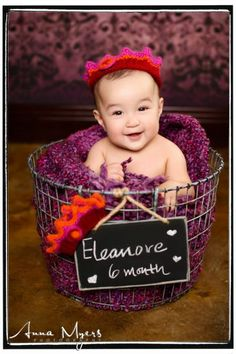 Cool #babyportraits using metal basket with chalkboard and cute knitted crown, taken in Alameda studio
