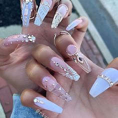 The spring 2019 runways served up heaps of nail inspiration. Nail art could be a fun, easy thanks to being inventive and perilously addictive! Ahead, 100 nail art appearance to inspire your next salon appointment, and the nail polishes you would lik Rhinestone Nails, Bling Nails, Stiletto Nails, Fun Nails, Bling Nail Art, Nail Swag, Best Acrylic Nails, Acrylic Nail Designs, Stylish Nails