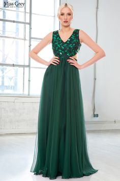 Embrace a lace look in our alluring Tamara maxi dress. Green Maxi, That Look, Formal, Lace, Dresses, Style, Fashion, Green, Photographers