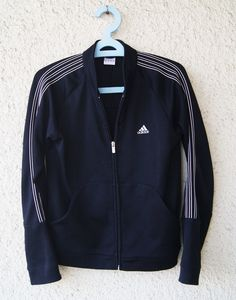 adidas bluza dresowa sportowa rozpinana     rozmiar: 36/38   wymiary: szerokość pod pachami: 49 cm długość od ramienia: 62...