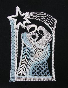 EVacko Lochkov: Betlém 2 Bobbin Lace Patterns, Lacemaking, Lace Heart, Lace Jewelry, Crochet Doilies, Suncatchers, Lace Detail, Lana, Diy And Crafts