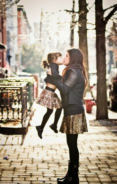 {the sparkly life: Mommy & Me Fashion: Sparkle Twins} Source by outfits Mother Daughter Matching Outfits, Mother Daughter Fashion, Mommy And Me Outfits, Kids Outfits, Baby Girl Fashion, Kids Fashion, Future Daughter, Mother Daughters, Daddy Daughter