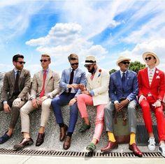 Pitti Uomo: Plataforma internacional influente e assertiva para a moda masculina, incluindo o denim, já costurado e todo o contexto das tendências e acessórios do público.