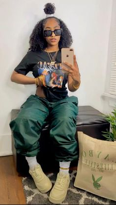 Swag Outfits For Girls, Cute Swag Outfits, Chill Outfits, Dope Outfits, Teen Fashion Outfits, Retro Outfits, Tomboy Fashion, Cute Fashion, Streetwear Fashion