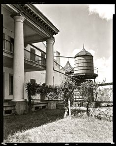 01412v - Burnside Plantation, Ascension Parish, LA c. 1840 water cistern